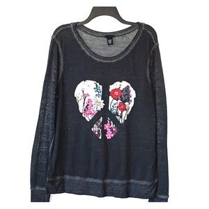 Torrid soft distressed heart, peace sign burn out